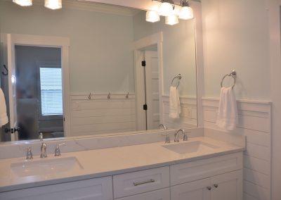 Master bath dressing area